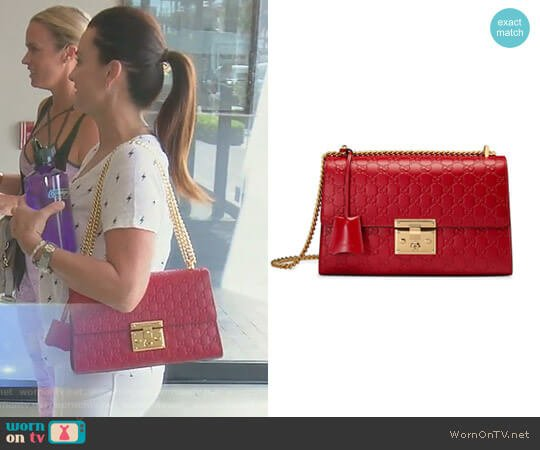 Padlock medium Gucci Signature Shoulder Bag by Gucci worn by Kyle Richards  on The Real Housewives of Beverly Hills