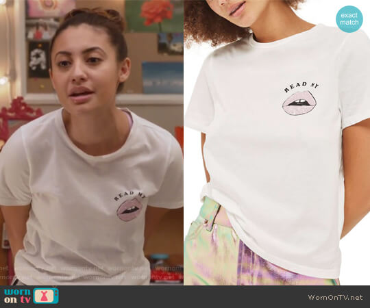 Read My Lips Graphic Tee by Topshop worn by Francia Raisa on Grown-ish