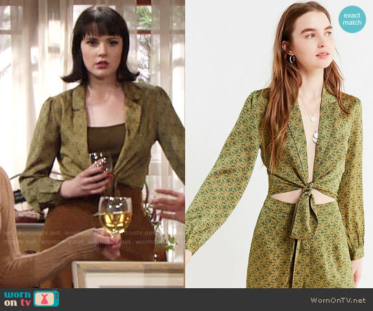UO Satin Paisley Tie-Front Top worn by Tessa Porter (Cait Fairbanks) on The Young & the Restless