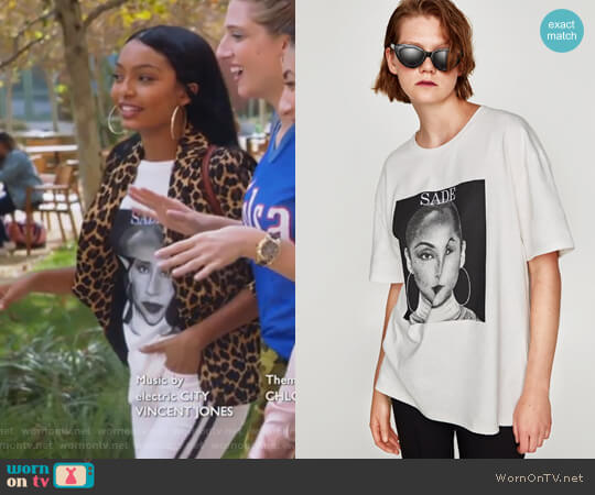 Sade Print T-Shirt by Zara worn by Zoey Johnson (Yara Shahidi) on Grown-ish