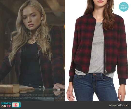 'Alessia' Jacket by BB Dakota worn by Lauren Strucker (Natalie Alyn Lind) on The Gifted