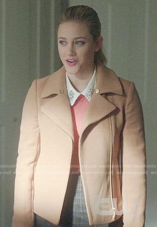 Betty's camel jacket on Riverdale