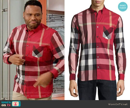 Burberry Thornaby Shirt in Red worn by Andre Johnson (Anthony Anderson) on Blackish