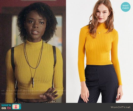 Cooperative Cindy Ribbed Mock-Neck Sweater worn by Ashleigh Murray on Riverdale