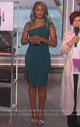 Eve's green one cold shoulder dress on The Talk