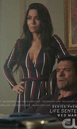 Veronica's black short sleeved dress with floral embellished collar on Riverdale