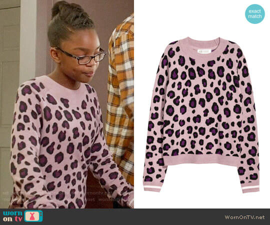 H&M Fine-knit Sweater in Pink / Leopard Print worn by Marsai Martin on Blackish