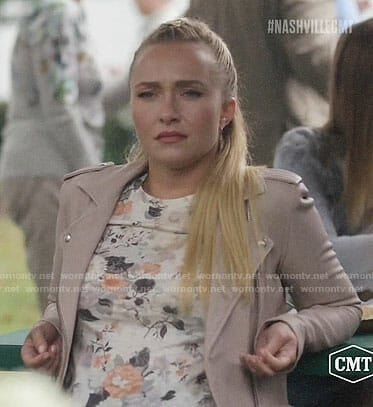 Juliette's floral top and pink leather jacket on Nashville
