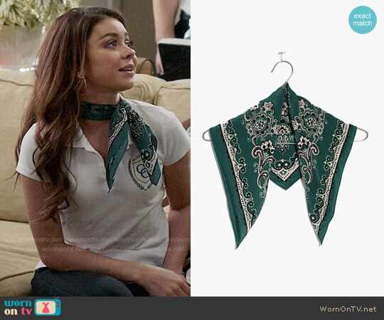 Madewell Silk Bandana worn by Haley Dunphy (Sarah Hyland) on Modern Family