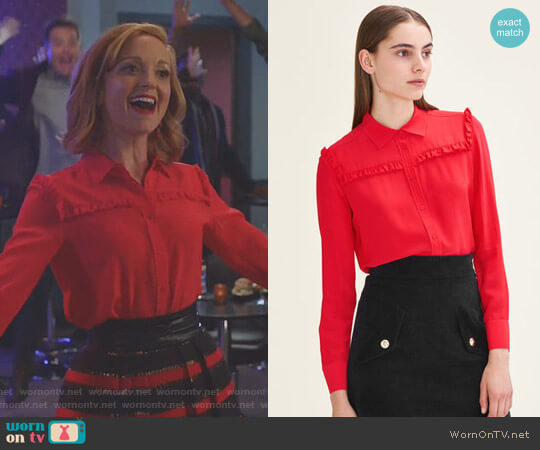 'Callie' Shirt by Maje worn by Jayma Mays on Great News