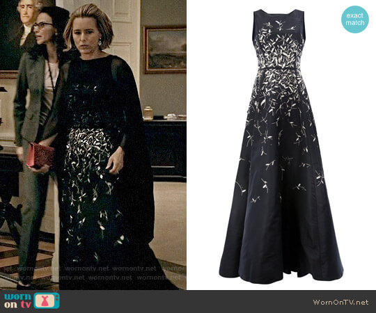 Oscar de la Renta Sequin Applique Gown worn by Téa Leoni on Madam Secretary