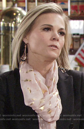 Phyllis's pink and gold scarf on The Young and the Restless