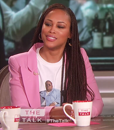 Eve's pink blazer and white print t-shirt on The Talk