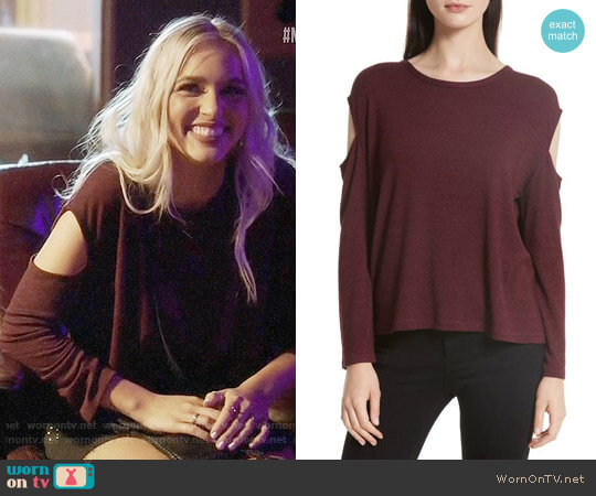 Rag & Bone Slash Cutout Tee worn by Maddie Jaymes (Lennon Stella) on Nashville