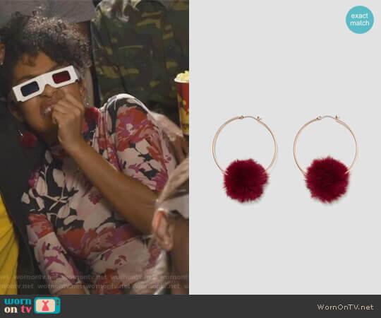 Zara PomPom Hoop Earrings worn by Yara Shahidi on Grown-ish