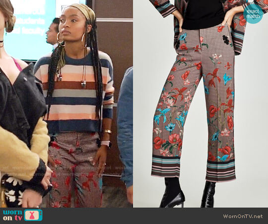 Zara Printed Trousers with Side Seam worn by Yara Shahidi on Grown-ish