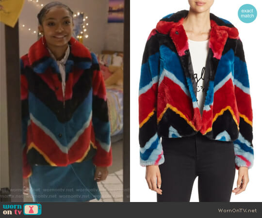 Jerrie Faux Fur Coat by Alice + Olivia worn by Zoey Johnson (Yara Shahidi) on Grown-ish