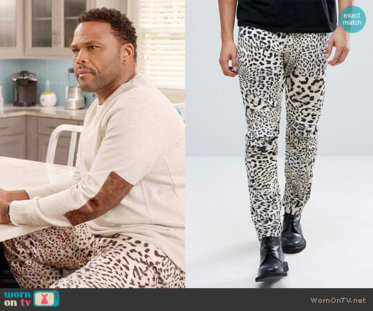 G-Star Elwood 5622 x 25 Pharrell Jeans in Leopard worn by Andre Johnson (Anthony Anderson) on Blackish