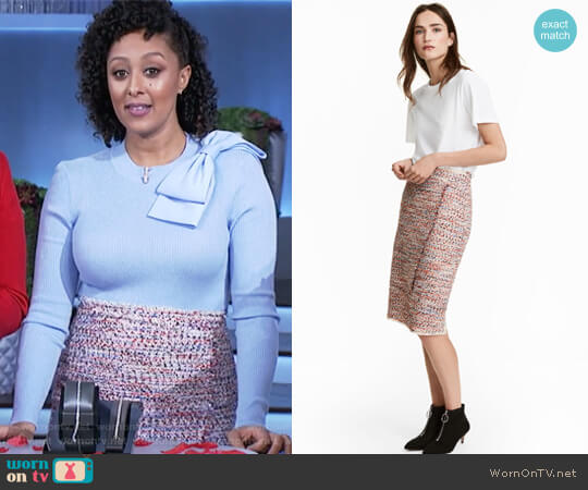Knee-length Skirt by H&M worn by Tamera Mowry  on The Real