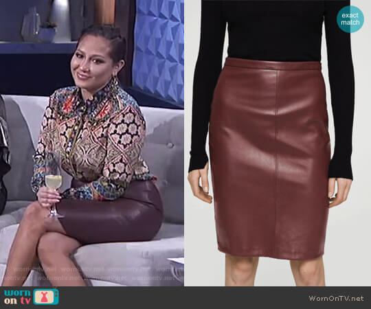 Opening Pencil Skirt by Mango worn by Adrienne Houghton (Adrienne Houghton) on The Real