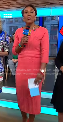 Robin's pink stitched knit dress on Good Morning America