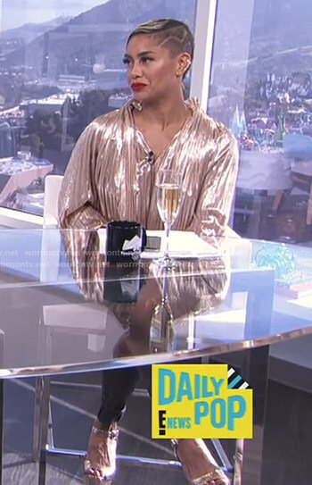 Sibley's metallic pleated top on E! News Daily Pop