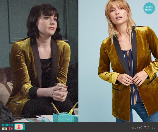 Anthropologie Cartonnier Velvet Tuxedo Blazer worn by Cait Fairbanks on The Young & the Restless