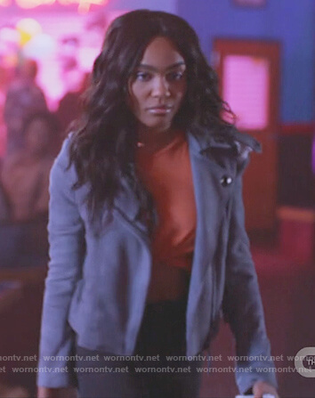 Jennifer's purple grommet moto jacket on Black Lightning