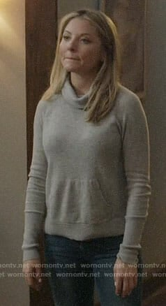 Jessie's grey turtleneck sweater on Nashville