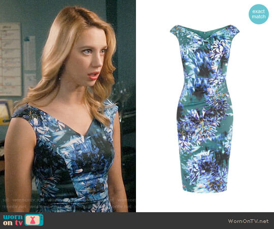 Karen Millen Floral Print V-neck Dress worn by Petra Solano (Yael Grobglas) on Jane the Virgin