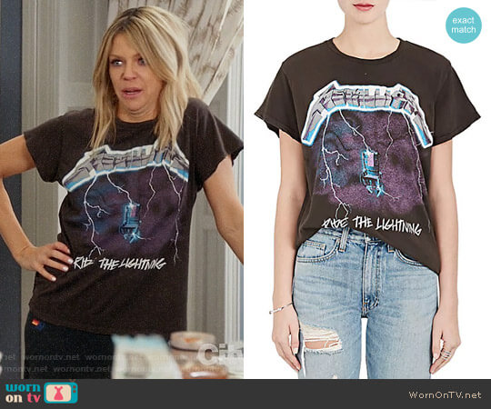 Madeworn Metallica Tee worn by Kaitlin Olson on The Mick