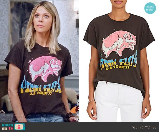 Madeworn Pink Floyd T-shirt worn by Kaitlin Olson on The Mick