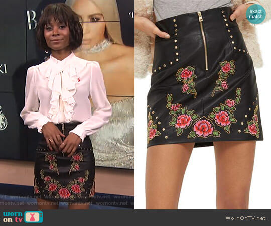 Embellished Floral Faux Leather Skirt by Topshop worn by Zuri Hall on E! News