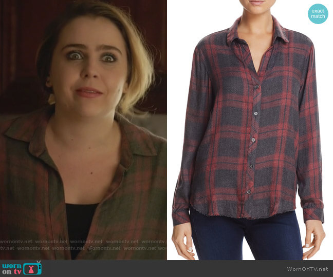 Frayed-Hem Side-Button Shirt by Bella Dahl worn by Annie Marks (Mae Whitman) on Good Girls