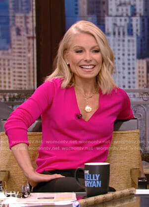 Kelly's pink v-neck sweater on Live with Kelly and Ryan