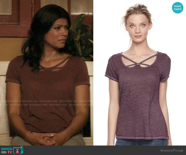 Kohls Rock & Republic Strappy Cutout Tee worn by Xiomara Villanueva (Andrea Navedo) on Jane the Virgin