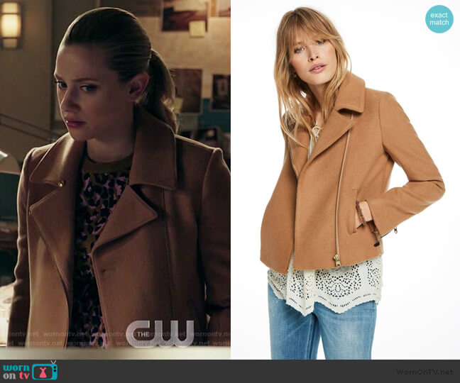 Scotch & Soda Denim Detailed Peacoat Jacket worn by Betty Cooper (Lili Reinhart) on Riverdale