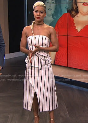 Sibley's white striped strapless dress on E! News