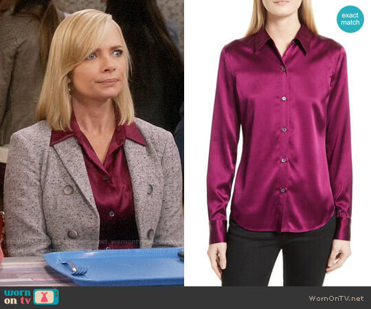 Theory Perfect Fitted Stretch Satin Shirt in Electric Pink worn by Jill Kendall (Jaime Pressly) on Mom