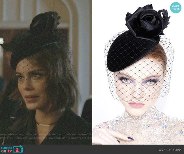 Velvet Beret OC364 by Philip Treacy London worn by Nathalie Kelley on Dynasty