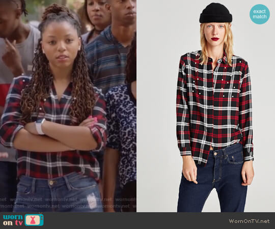 Checked Shirt with Faux Pearls by Zara worn by Jazlyn Forster (Chloe Bailey) on Grown-ish