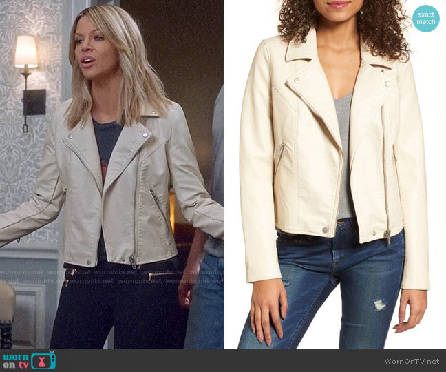 BlankNYC Life Changer Moto Jacket worn by Mackenzie Murphy (Kaitlin Olson) on The Mick