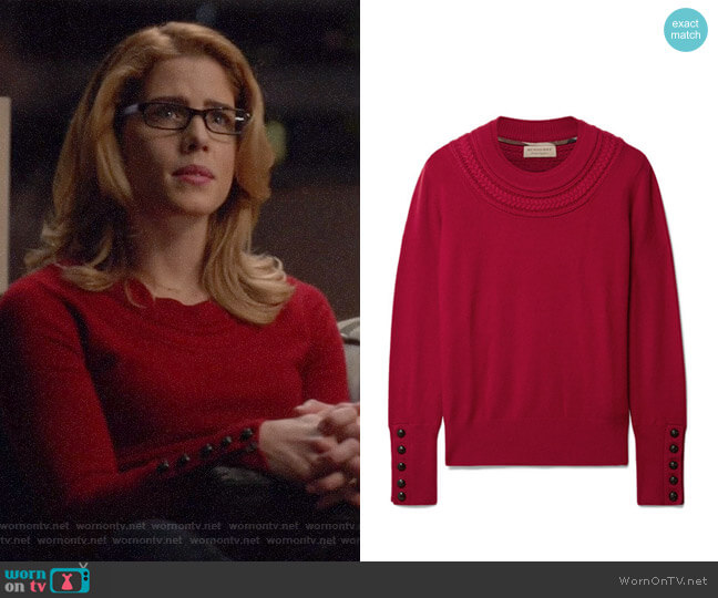 Burberry Cashmere Sweater worn by Felicity Smoak (Emily Bett Rickards) on Arrow
