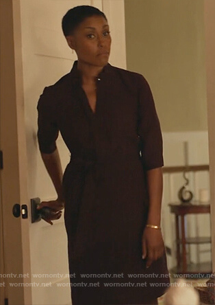 Lynn's burgundy waist tie dress on Black Lightning