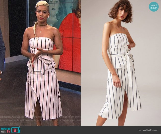 Diffuse Dress by C/Meo Collective worn by Sibley Scoles  on E! News