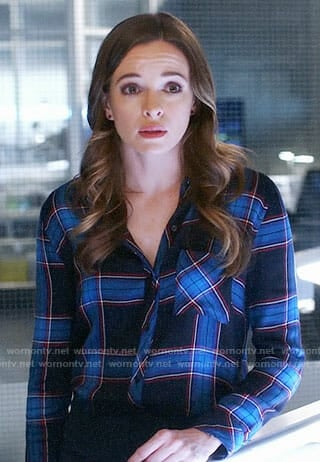 Caitlin's plaid shirt on The Flash