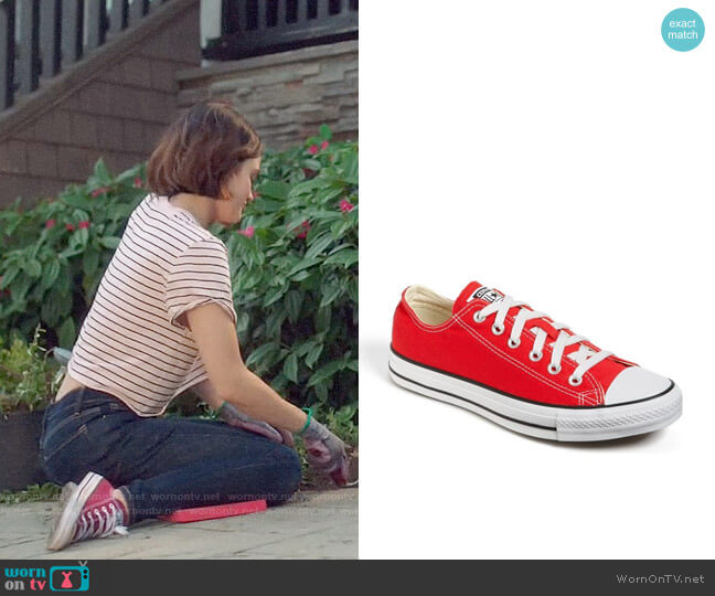 Converse Chuck Taylor Low Top Sneakers in Red worn by Stella Abbott (Lucy Hale) on Life Sentence
