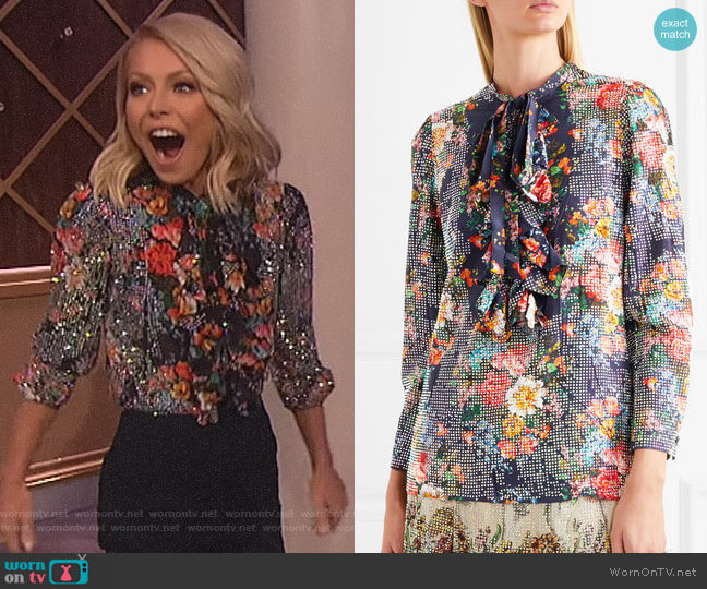 'Josephine' Shirt by Gucci worn by Kelly Ripa  on The Wendy Williams Show