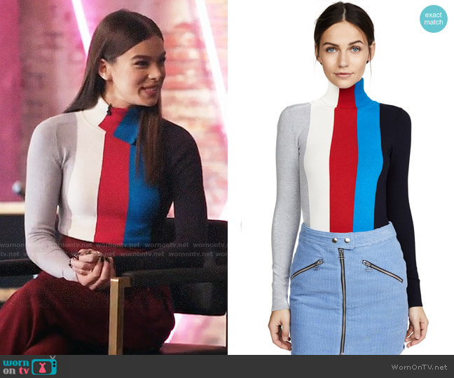 JoosTricot Long Sleeve Turtleneck worn by Hailee Steinfeld on The Voice