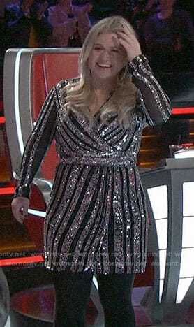 Wornontv Kelly Clarksons Striped Sequin Dress On The Voice Kelly